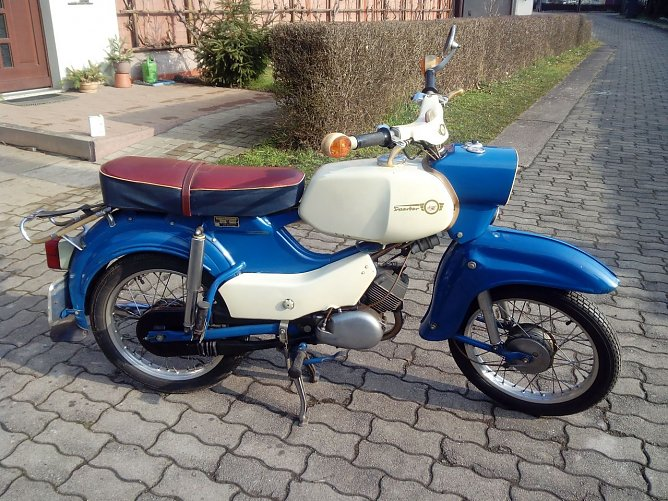 Moped (Foto: Hubert Rein)