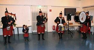 Weihnahtsmusik mit Pipes & Drums